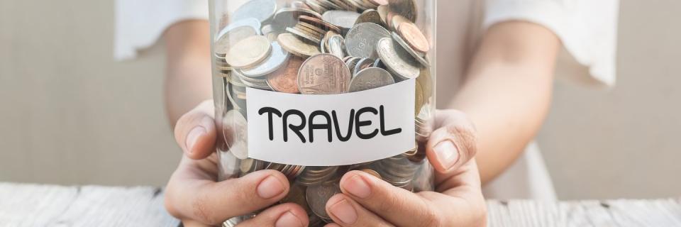 """Imagem ilustrativa para o post """"Como planejar sua viagem internacional com economia"""""""